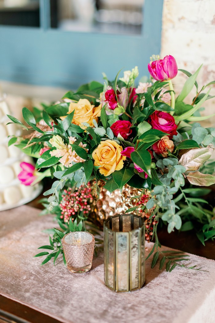 Tropical Floral Urban Wedding on Kara's Party Ideas | KarasPartyIdeas.com (39)