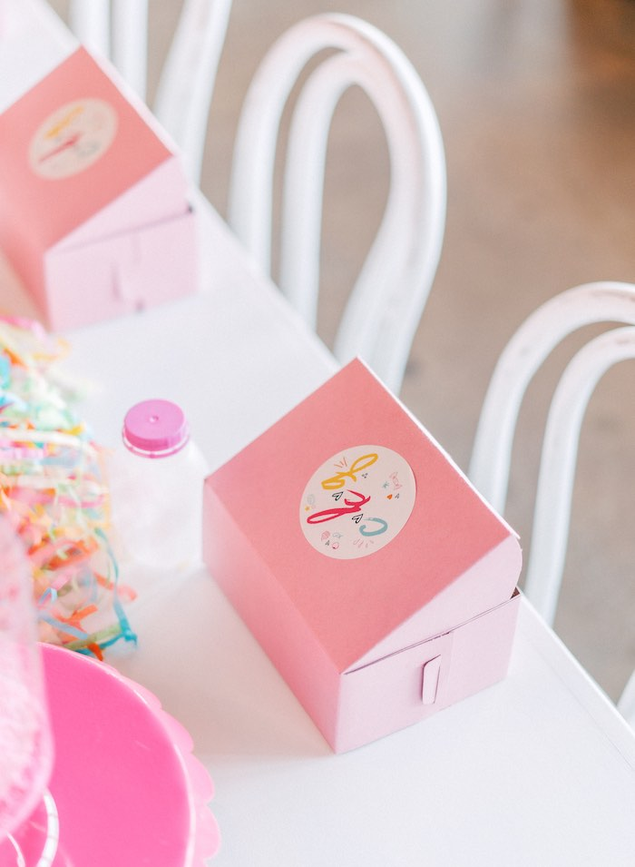 "Box Table Setting from a ""FOUR the Love of Sugar"" 4th Birthday Party on Kara's Party Ideas 