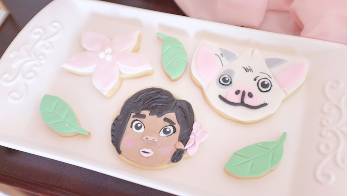 Disney's Moana Themed Cookies from a Girly Moana Island Birthday Party on Kara's Party Ideas | KarasPartyIdeas.com (16)