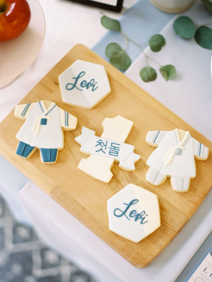 Cookies from a Modern Traditional Korean First Birthday Party on Kara's Party Ideas | KarasPartyIdeas.com (13)