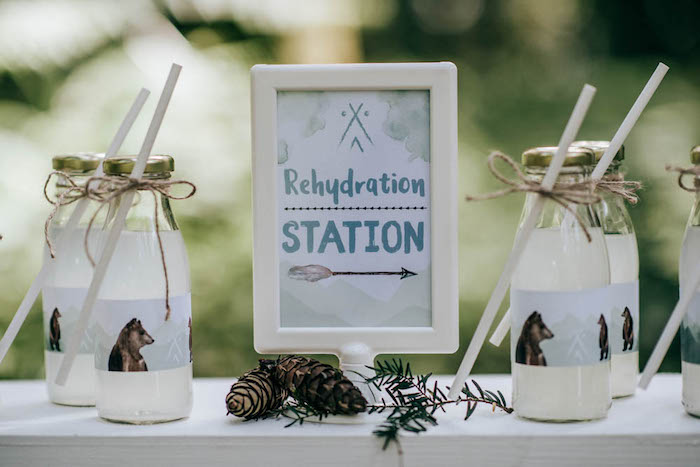 "Bear-inspired Rehydration Station from a ""Don't Feed the Bears"" Woodland Camping Party on Kara's Party Ideas 