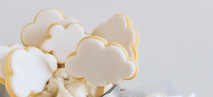 """Up in the Clouds"" Baby Shower on Kara's Party Ideas 