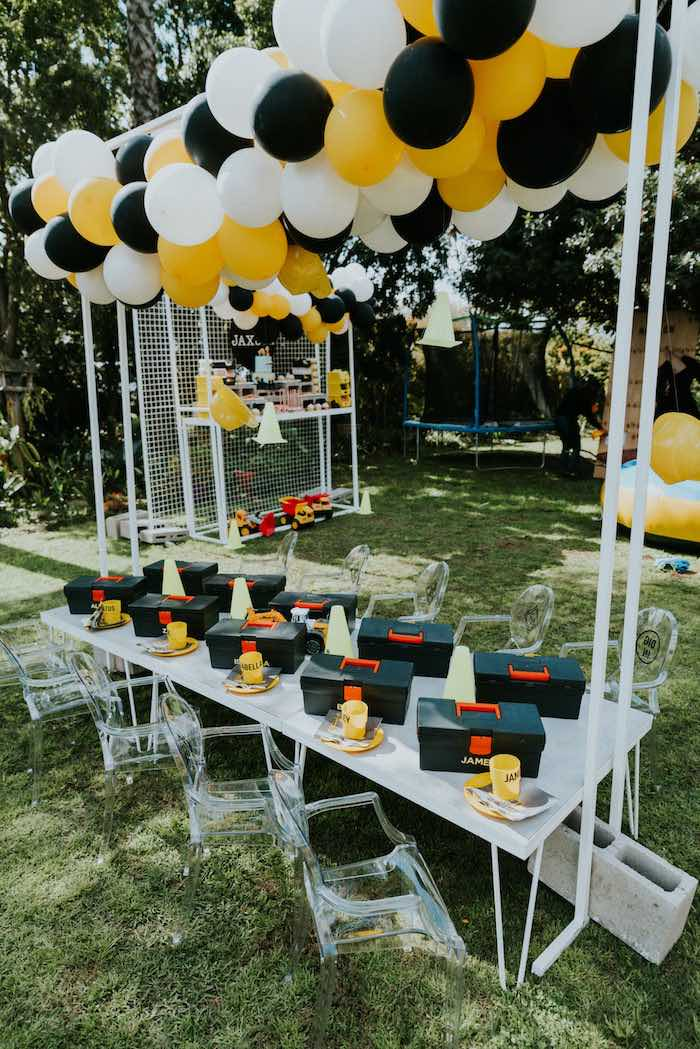 Construction Themed Kid Table from a Construction Birthday Party on Kara's Party Ideas | KarasPartyIdeas.com (19)