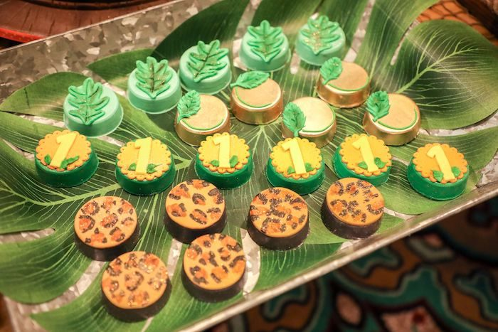 Jungle Safari Oreos from a Jungle Safari Birthday Party on Kara's Party Ideas | KarasPartyIdeas.com (15)