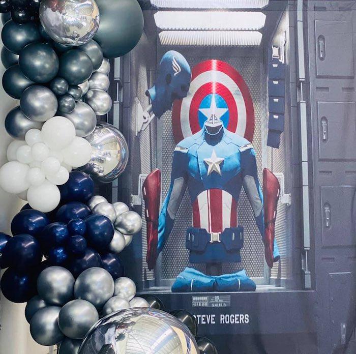 Lifelike Modern Avengers + Captain America Birthday Party on Kara's Party Ideas | KarasPartyIdeas.com (6)