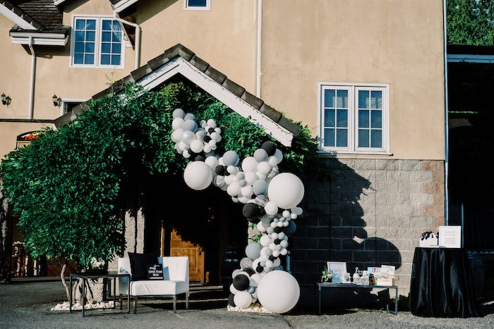 Modern Graduation Drive-By + Family Dinner on Kara's Party Ideas | KarasPartyIdeas.com (25)