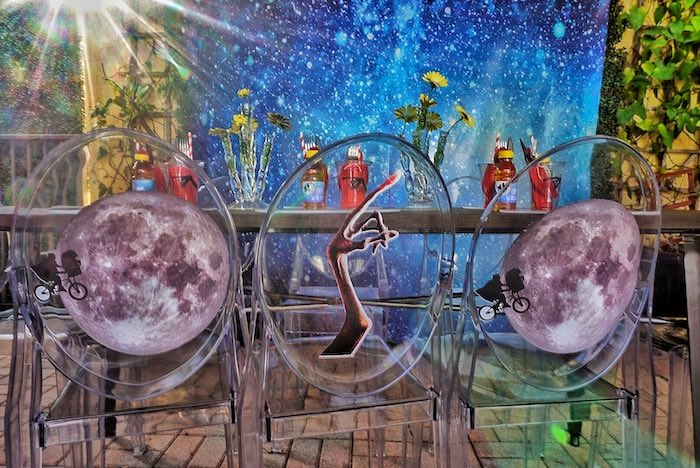ET inspired the guest table from an ET birthday party to Kara's party ideas |  KarasPartyIdeas.com (17)