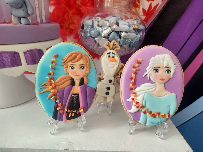 Frozen 2-inspired Anna & Elsa Cookies from a Frozen 2 Birthday Party on Kara's Party Ideas | KarasPartyIdeas.com (16)