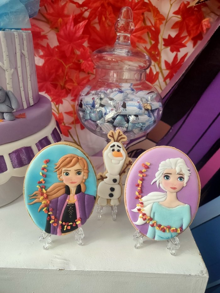 Frozen 2-inspired Anna & Elsa Cookies from a Frozen 2 Birthday Party on Kara's Party Ideas | KarasPartyIdeas.com (15)