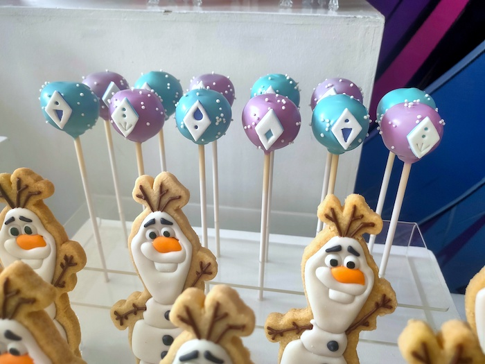 Frozen 2-inspired Cake Pops from a Frozen 2 Birthday Party on Kara's Party Ideas | KarasPartyIdeas.com (21)