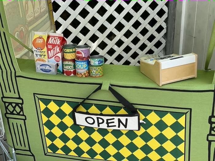 Hooper's Store Front from a Sesame Street Birthday Party on Kara's Party Ideas | KarasPartyIdeas.com (19)