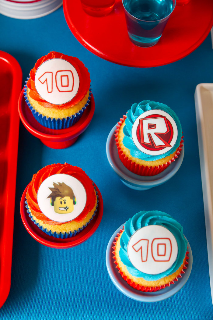 Roblox Cupcakes from a Roblox Birthday Party on Kara's Party Ideas | KarasPartyIdeas.com (7)