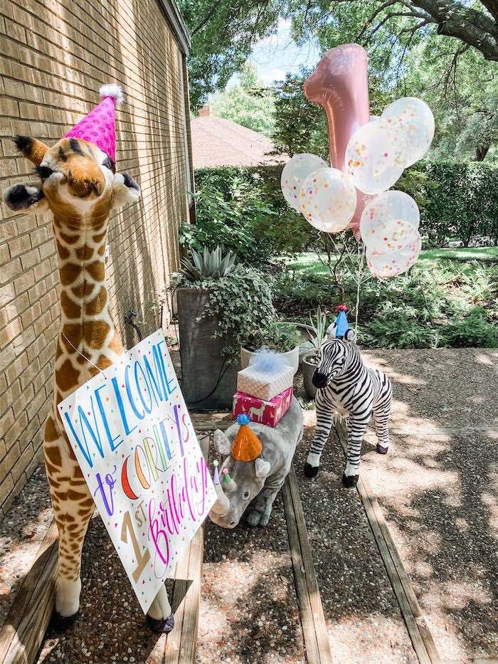 Wild Animal Welcome from a Calling All Party Animals First Birthday Party on Kara's Party Ideas | KarasPartyIdeas.com (22)