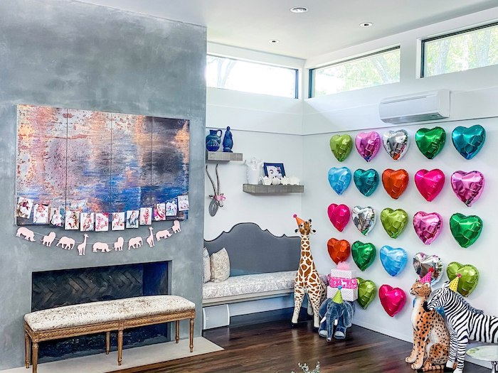 Heart Balloon Wall + Animal Photo Banner from a Calling All Party Animals First Birthday Party on Kara's Party Ideas | KarasPartyIdeas.com (10)