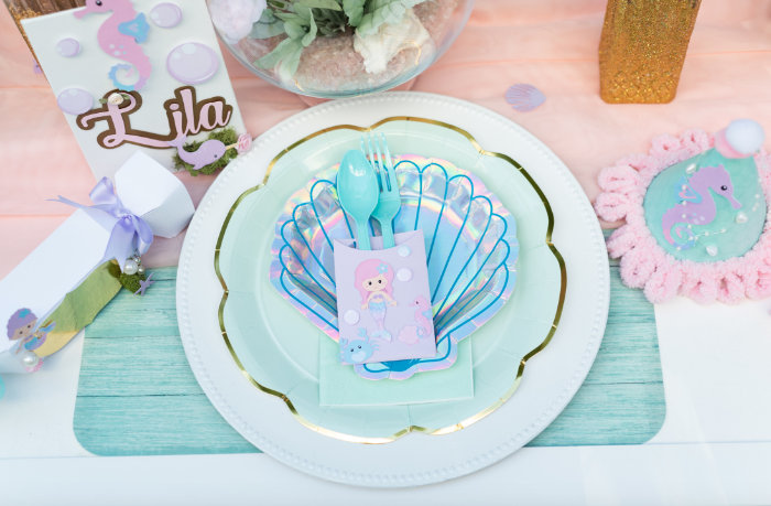 Under the Sea Table Setting from a Mermaid Picnic Party on Kara's Party Ideas | KarasPartyIdeas.com (3)