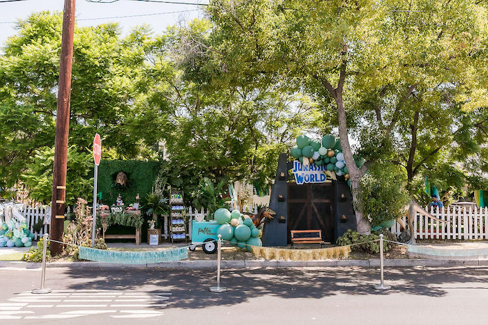 Rawrsome Dinosaur Drive-By Birthday Parade on Kara's Party Ideas | KarasPartyIdeas.com (6)