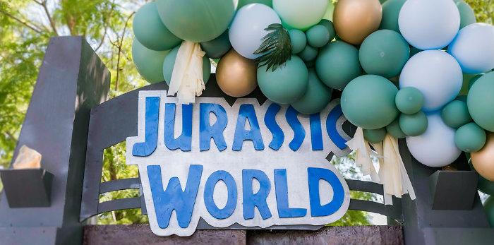 Rawrsome Dinosaur Drive-By Birthday Parade on Kara's Party Ideas | KarasPartyIdeas.com (3)
