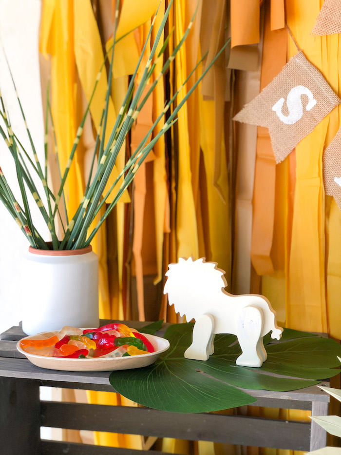 Safari + Jungle Themed Decor from a Grub Station Decor from a Boho Lion King Birthday Party on Kara's Party Ideas | KarasPartyIdeas.com (9)