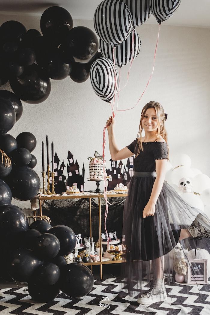 Glam Haunted House Halloween Party on Kara's Party Ideas | KarasPartyIdeas.com (13)