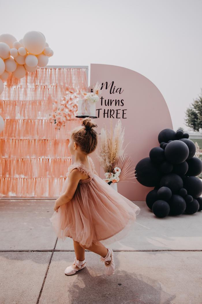 Pink Ballerina Birthday Party on Kara's Party Ideas | KarasPartyIdeas.com (21)