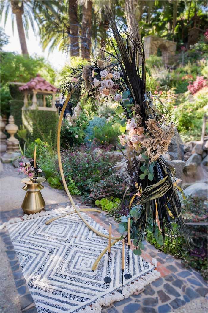 Vintage Modern Elegant Garden Wedding on Kara's Party Ideas   KarasPartyIdeas.com (29)