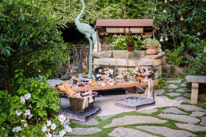 Vintage Modern Elegant Garden Wedding on Kara's Party Ideas   KarasPartyIdeas.com (14)