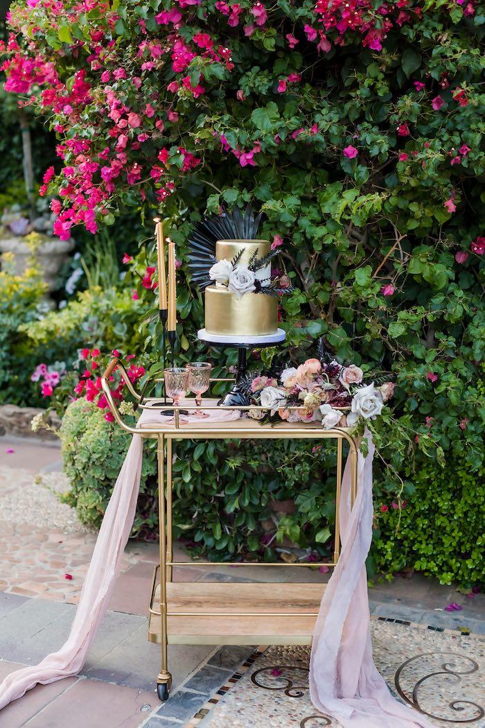 Vintage Modern Elegant Garden Wedding on Kara's Party Ideas   KarasPartyIdeas.com (13)