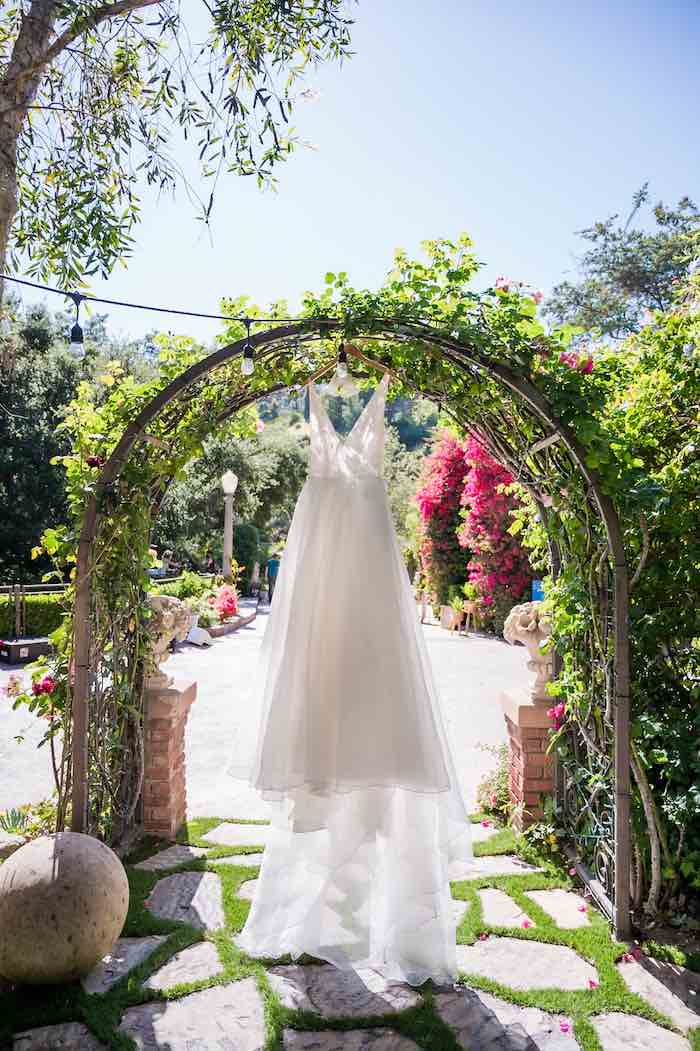 Vintage Modern Elegant Garden Wedding on Kara's Party Ideas   KarasPartyIdeas.com (38)