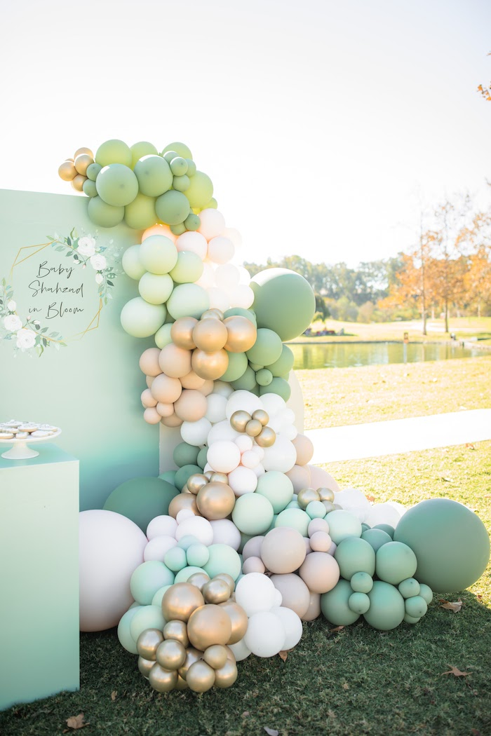 "Balloon Install from a ""Baby in Bloom"" Outdoor Baby Shower on Kara's Party Ideas 