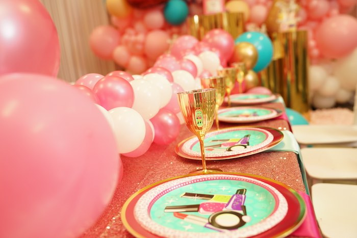 Makeup Plates + Spa Table Settings from a Diva Spa Party on Kara's Party Ideas | KarasPartyIdeas.com (12)