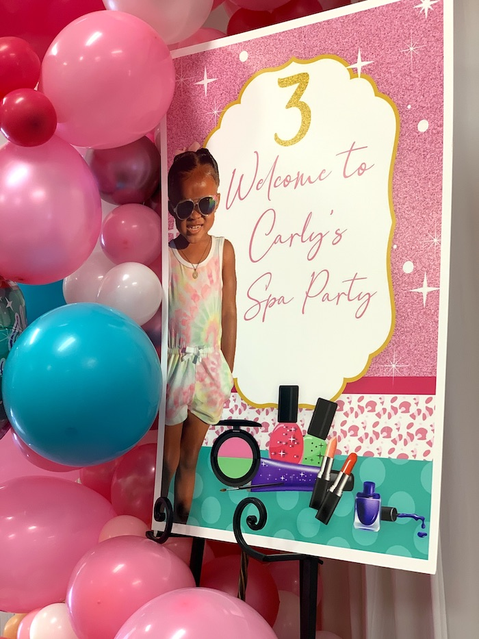 Welcome Sign from a Diva Spa Party on Kara's Party Ideas | KarasPartyIdeas.com (21)