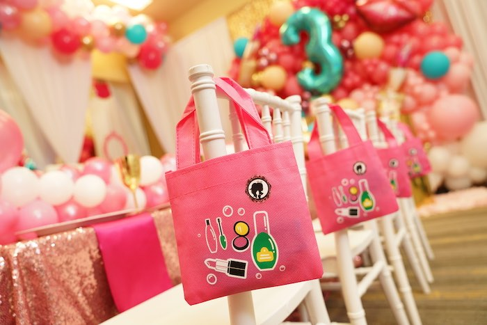 Gift Bags from a Diva Spa Party on Kara's Party Ideas | KarasPartyIdeas.com (13)