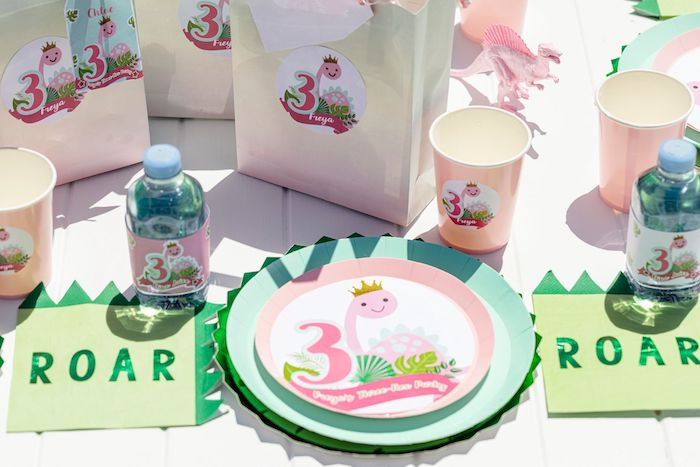 Girly Dino Table Setting from a Girly Dino Picnic Party on Kara's Party Ideas | KarasPartyIdeas.com (26)