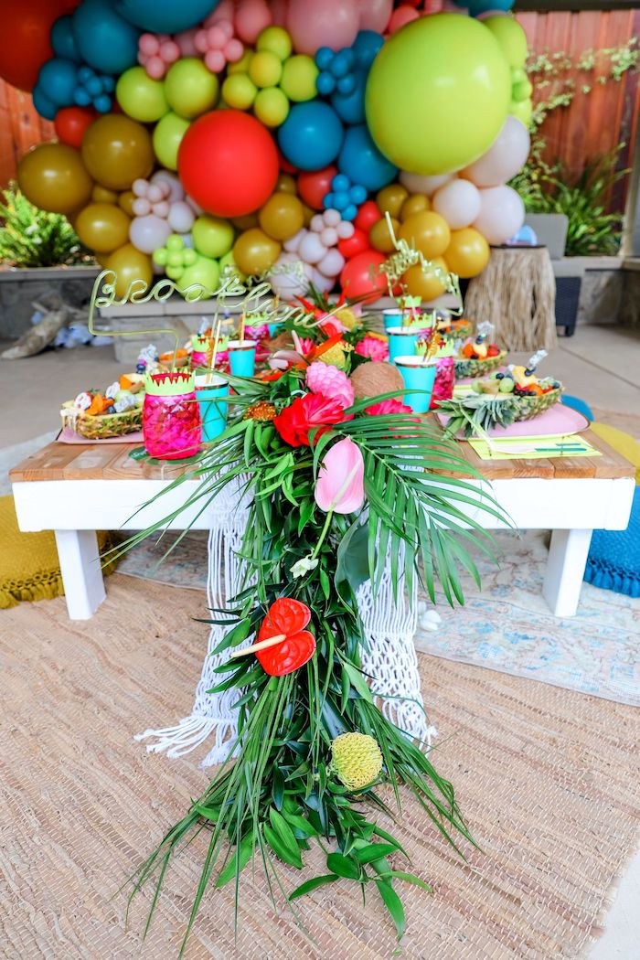 Tropical Pineapple Birthday Party on Kara's Party Ideas | KarasPartyIdeas.com (29)