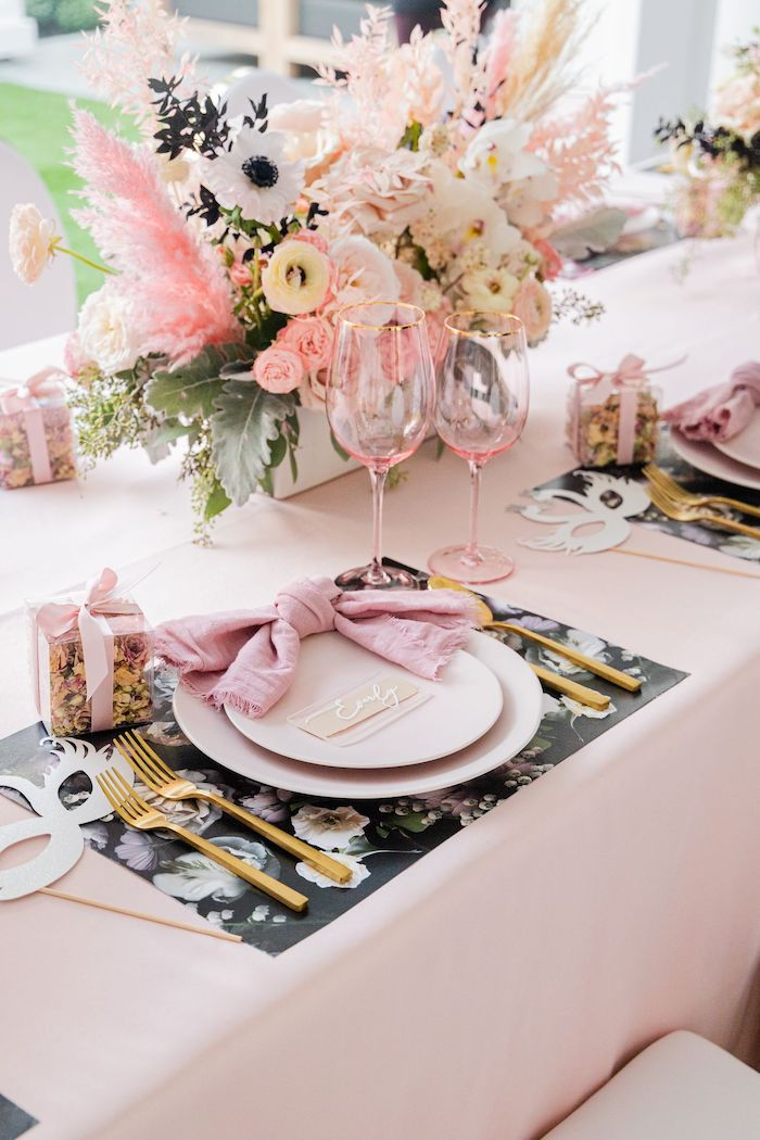 Ballet-inspired Guest Table Setting from a Tutu Cute Birthday Party on Kara's Party Ideas | KarasPartyIdeas.com (44)