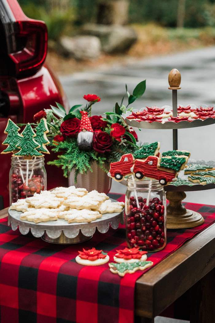 Classic Christmas Tailgate Party on Kara's Party Ideas | KarasPartyIdeas.com (24)