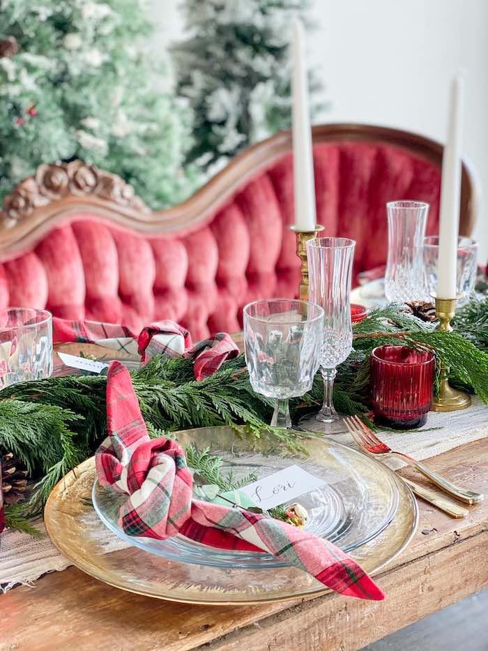 Luxe Christmas Table Setting from a Luxe Christmas Dinner on Kara's Party Ideas | KarasPartyIdeas.com (17)