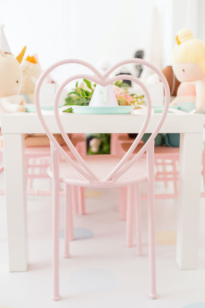 Heart Chair Table Setting from a Stuffed Animal Picnic Party on Kara's Party Ideas | KarasPartyIdeas.com (20)