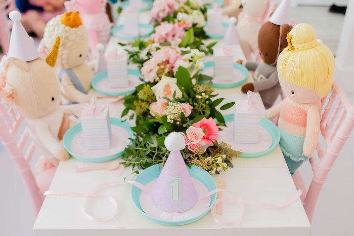 Guest Table from a Stuffed Animal Picnic Party on Kara's Party Ideas | KarasPartyIdeas.com (17)