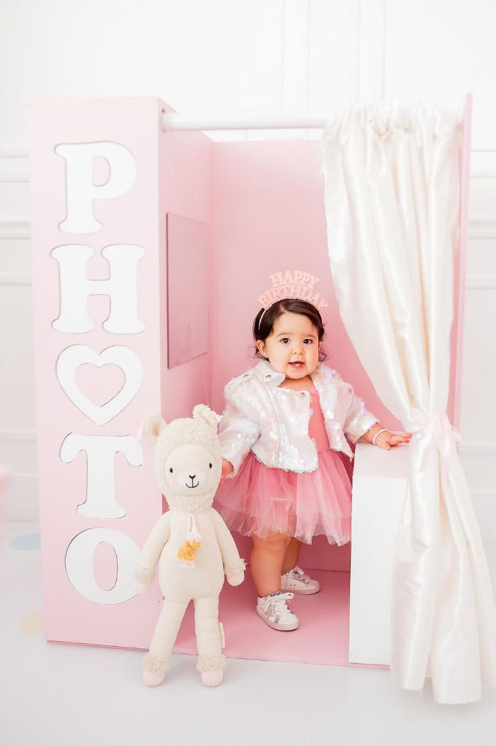 Photo Booth from a Stuffed Animal Picnic Party on Kara's Party Ideas | KarasPartyIdeas.com