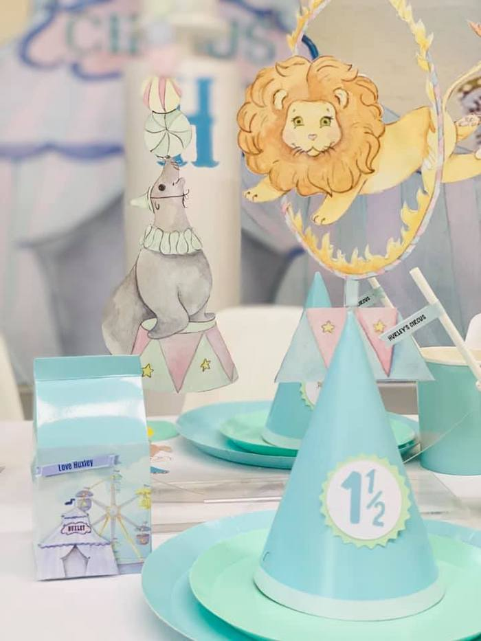 Circus Themed Table Setting from a Pastel Circus Party on Kara's Party Ideas | KarasPartyIdeas.com (13)