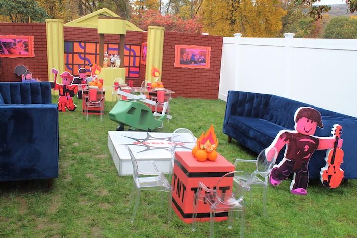 Roblox Museum Heist Birthday Party on Kara's Party Ideas | KarasPartyIdeas.com (27)