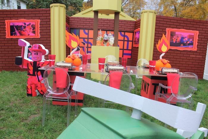 Roblox Museum Heist Birthday Party on Kara's Party Ideas | KarasPartyIdeas.com (8)