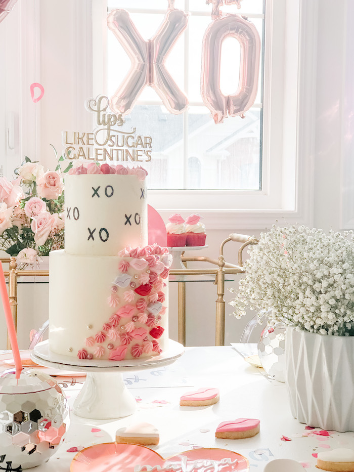 "XOXO Valentine's Day Cake from a ""Lips like Sugar"" Galentine's Party on Kara's Party Ideas 