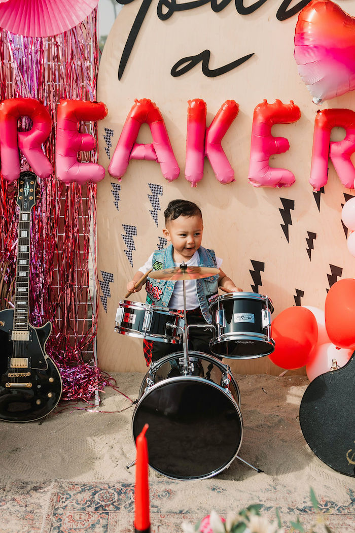 """""""You're a Heartbreaker"""" Rock & Roll Valentine's Day Party on Kara's Party Ideas   KarasPartyIdeas.com (21)"""