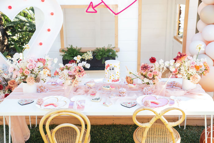 Retro Guest Table from a 70's Valentine Love Bug Party on Kara's Party Ideas | KarasPartyIdeas.com (28)