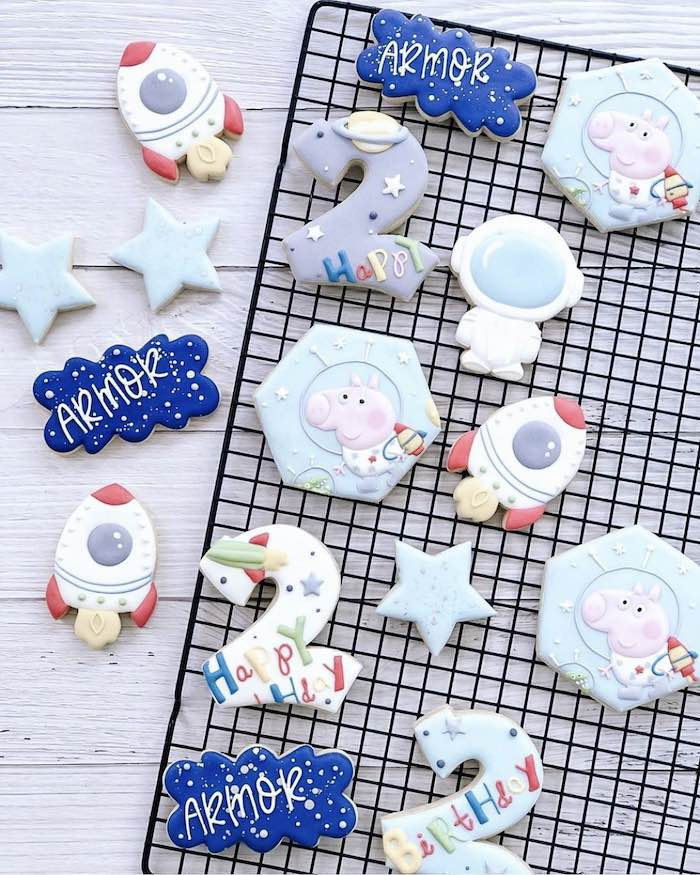 George Pig in Space Cookies from a George Pig in Space Birthday Party on Kara's Party Ideas | KarasPartyIdeas.com (6)