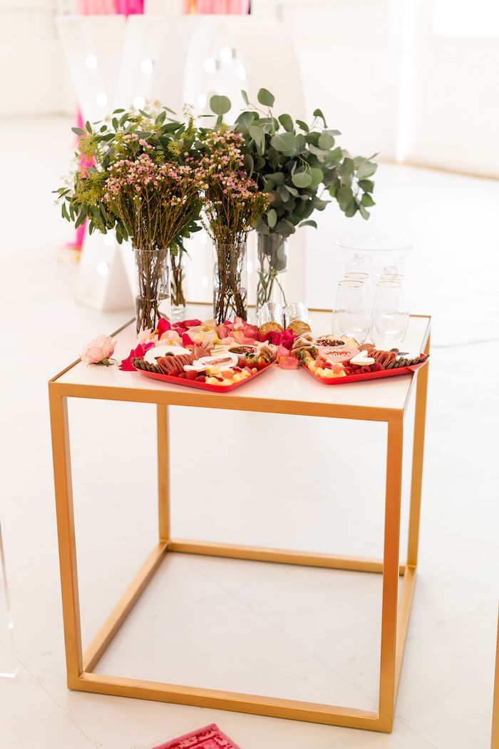 Party Table from an Ombré Galentines on Kara's Party Ideas | KarasPartyIdeas.com (3)
