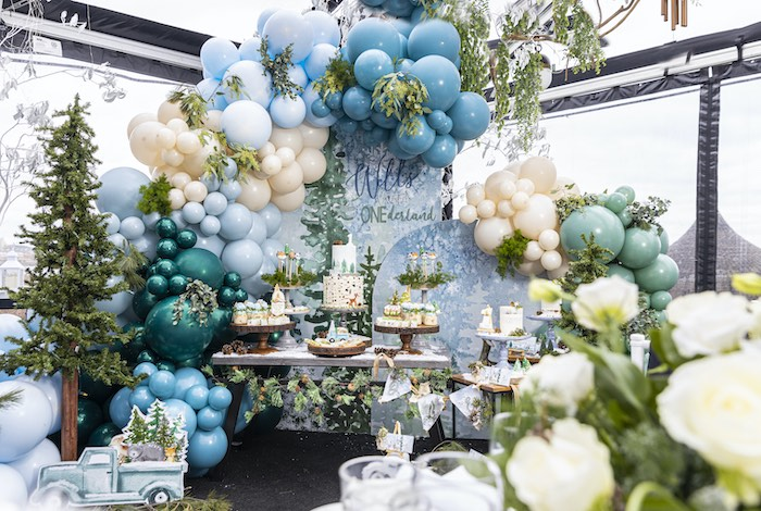 Winter ONEderland Birthday Party on Kara's Party Ideas | KarasPartyIdeas.com (17)