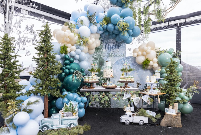 Winter ONEderland Birthday Party on Kara's Party Ideas | KarasPartyIdeas.com (16)